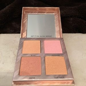 Urban Decay Highlighter Palette